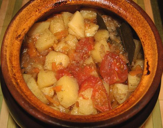 Рецепт картошки и куриных желудков в мультиварке